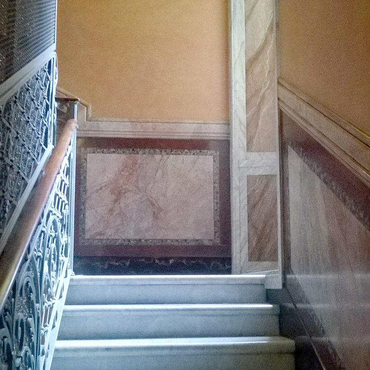 decorazioni per finiture in marmorino creato da noi con attenzione al dettaglio e in maniera realista